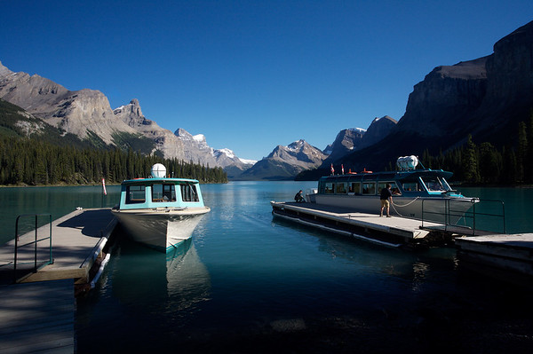 Maligne Lake at Spirit Island